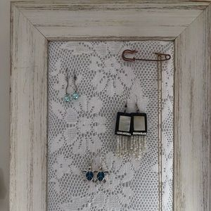 Jewellery / Earring storage frame